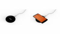 Беспроводное зарядное устройство в пластиковом корпусе